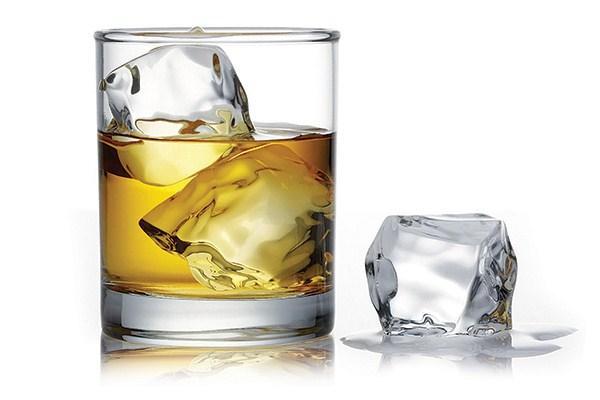 O epiléptico ataca o alcoolismo