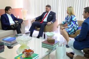 26.11 Reunião com embaixador e cônsul da Polônia - Foto Rayane Mainara (2)