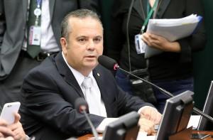 Rogério Marinho na comissão de Educação(1)
