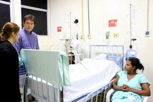 Visita Hospital Maria Alice_Demis Roussos (2)